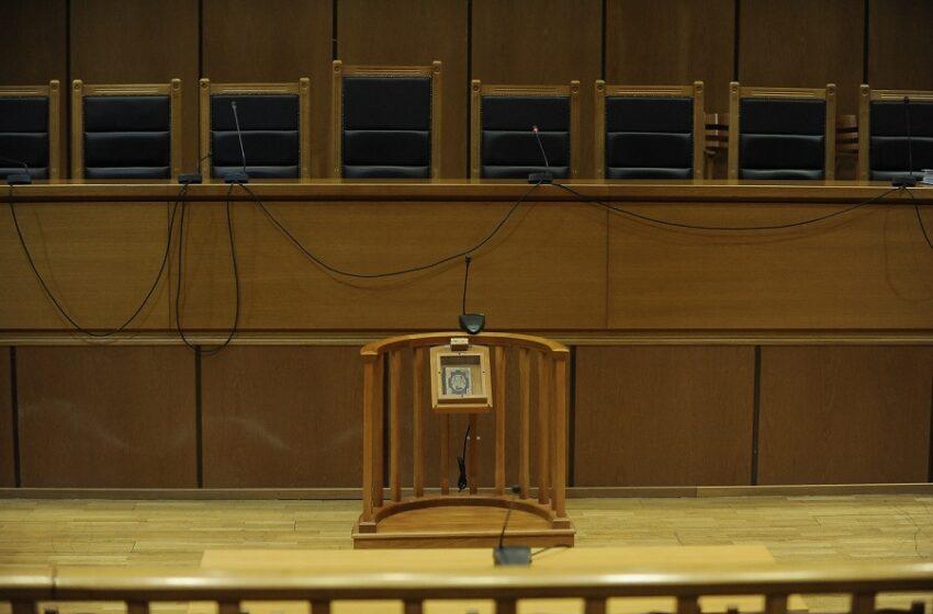 Στο ΣτΕ κατά της αναστολής λειτουργίας των δικαστηρίων οι δικηγόροι