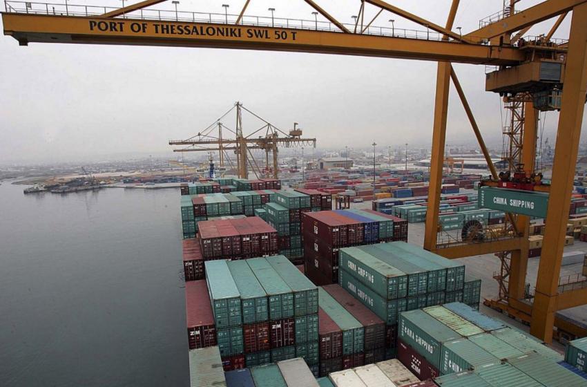 Πρόσκρουση φορτηγού πλοίου σε προβλήτα στην Θεσσαλονίκη