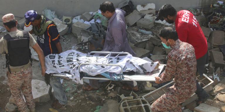 Εντοπίστηκαν τα δύο μαύρα κουτιά στο Πακιστάν