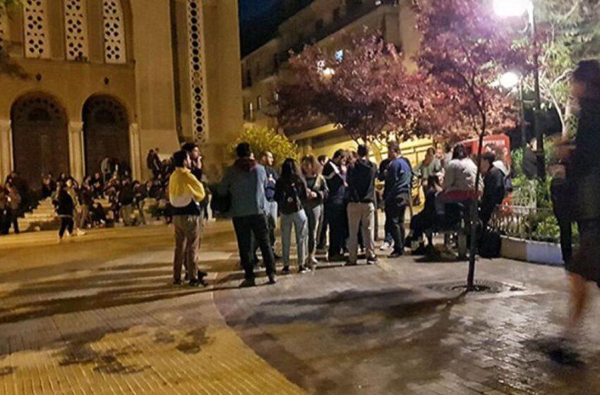 Κυψέλη: Δικογραφία για τα κορονοπάρτι στην Πλατεία Αγίου Γεωργίου
