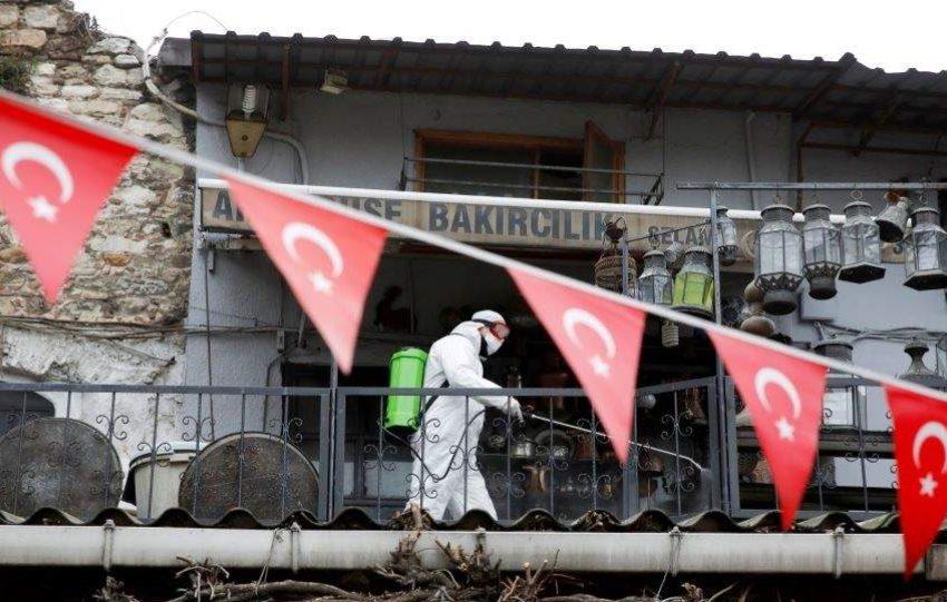 Νέο ρεκόρ κρουσμάτων στην Τουρκία – 186 νεκροί μέσα σε ένα 24ωρο