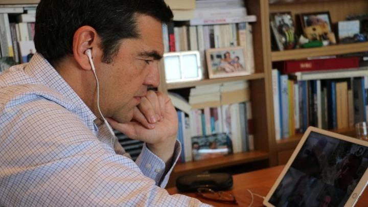 """Η """"αποκωδικοποίηση"""" της συνέντευξης Τσίπρα: Αναβάθμιση της αντιπολίτευσης αλλά και το βλέμμα στον ΣΥΡΙΖΑ"""