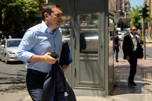 """Η """"κρυφή χαρά"""" του Μαξίμου για τον ΣΥΡΙΖΑ"""
