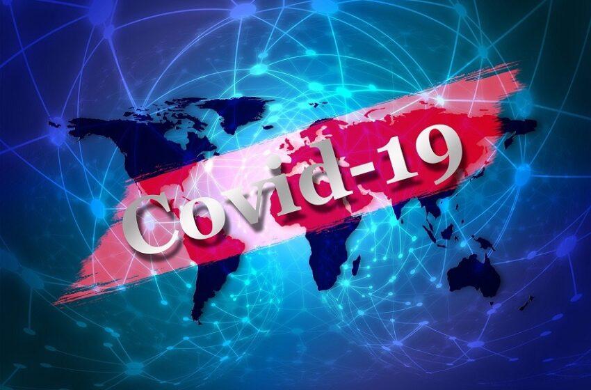 Κοροναϊός: Η συνωμοσιολογική λάσπη QAnon απλώνεται στην Ευρώπη