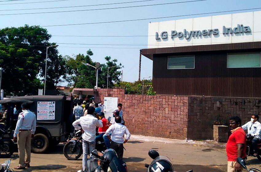 Ινδία: Τουλάχιστον 9 νεκροί από διαρροή αερίου σε χημικό εργοστάσιο της LG  (vid)