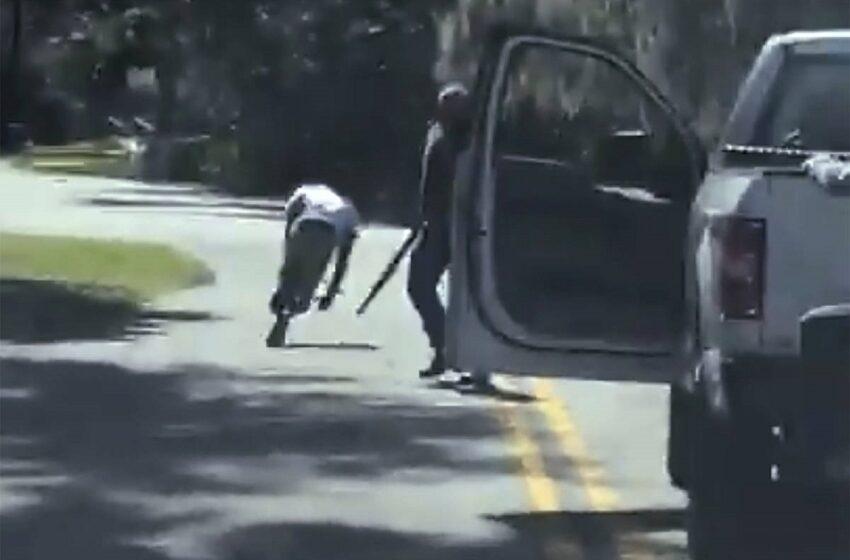 Οργή για την εν ψυχρώ δολοφονία Αφροαμερικανού την ώρα που έκανε τζόκινγκ – Βίντεο σοκ