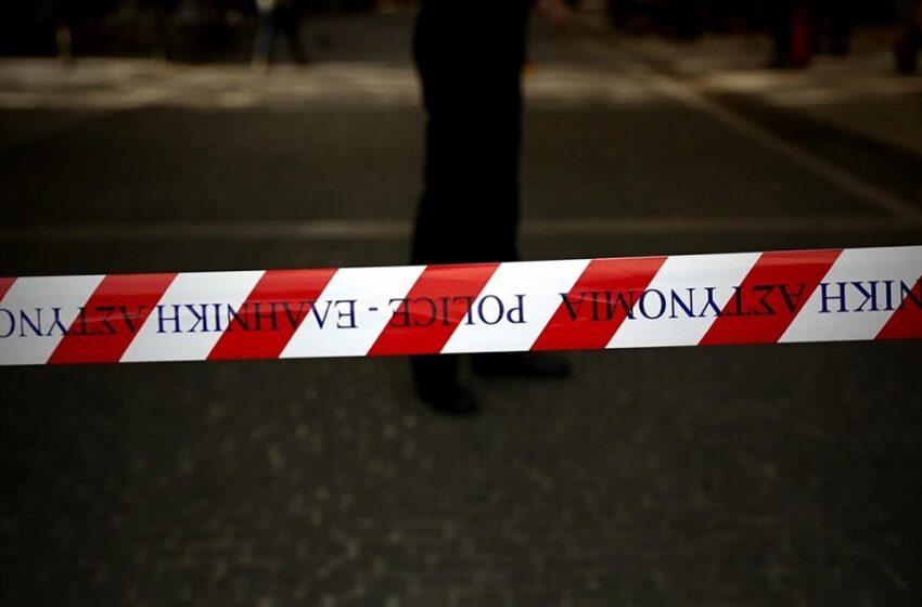 """Σχέδιο """"κορδέλα"""" στις πλατείες – Στοχευμένο lockdown αν συνεχιστούν οι συγκεντρώσεις"""