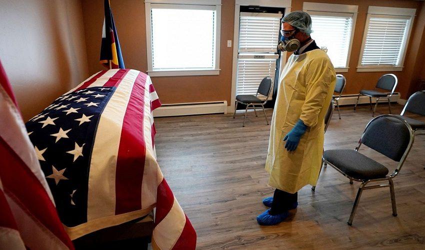ΗΠΑ: Τρίτο 24ωρο με πάνω από 2000 νεκρούς