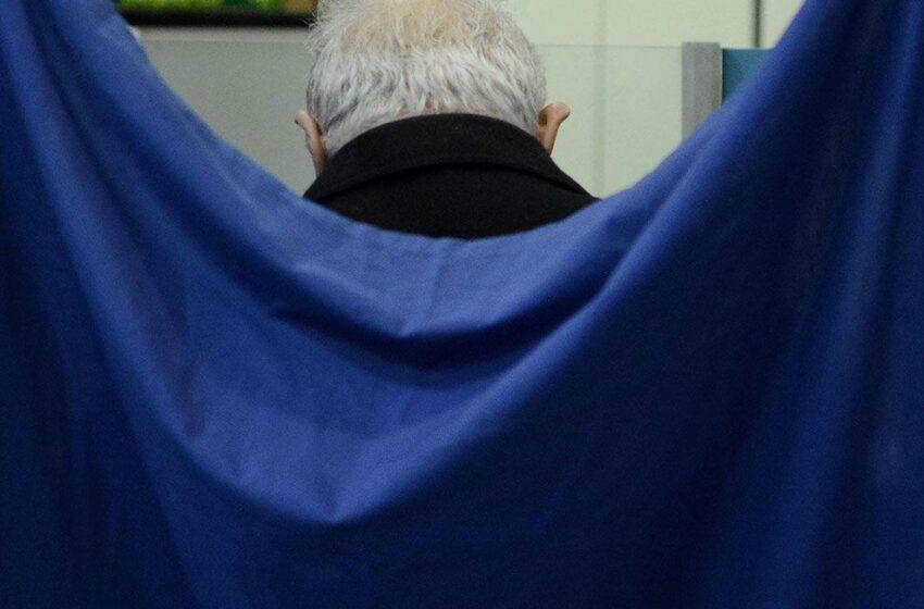 """Το """"φάντασμα"""" στις δημοσκοπήσεις, η μόχλευση της απλής αναλογικής και τα νέα κόμματα"""