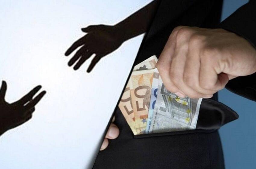 """Κωδικός """"εξαφανισμένοι έμποροι"""": Απάτη εκατ. ευρώ με τον ΦΠΑ – Ποια είναι η μέθοδος """"καρουζέλ"""""""