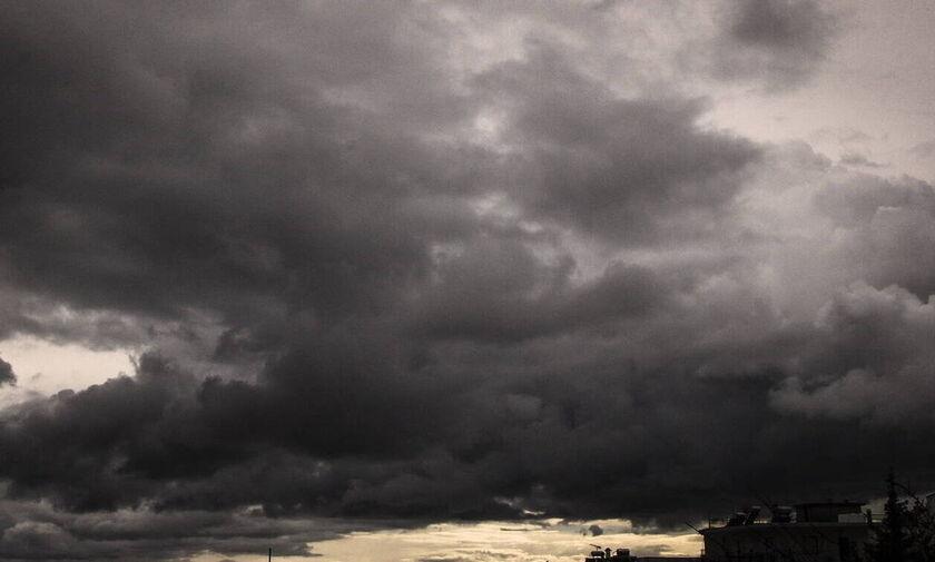 Άστατος ο καιρός – Πού θα σημειωθούν βροχές ή καταιγίδες μετά το μεσημέρι