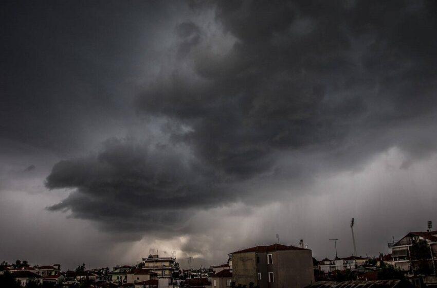 Ψυχρό μέτωπο φέρνει νέα μεγάλα ύψη βροχής στα δυτικά και κεντρικά