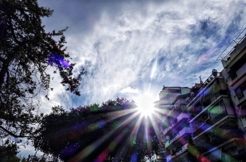 Ο πρώτος καύσωνας του καλοκαιριού – Ξεπέρασε τους 36 βαθμούς η θερμοκρασία – Τι θα γίνει από Δευτέρα
