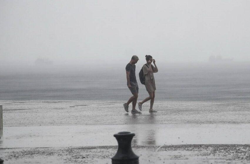 Βροχές και καταιγίδες από το μεσημέρι