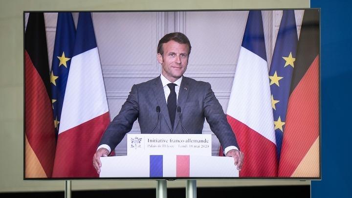 Στηρίζει με 8 δισ. ευρώ τη γαλλική αυτοκινητοβιομηχανία ο Μακρόν