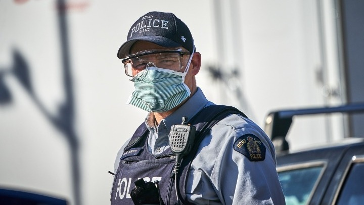 Κλειστά για άλλες 30 ημέρες θα παραμείνουν τα σύνορα ΗΠΑ-Καναδά