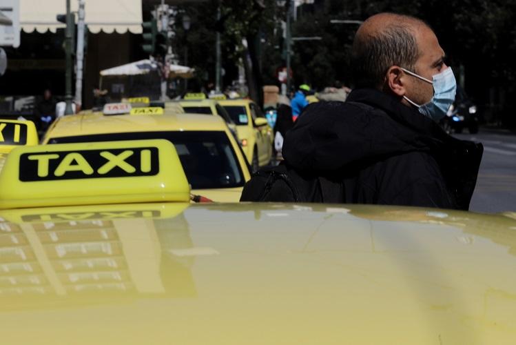 Σύντομα δεύτερος επιβάτης στα ταξί