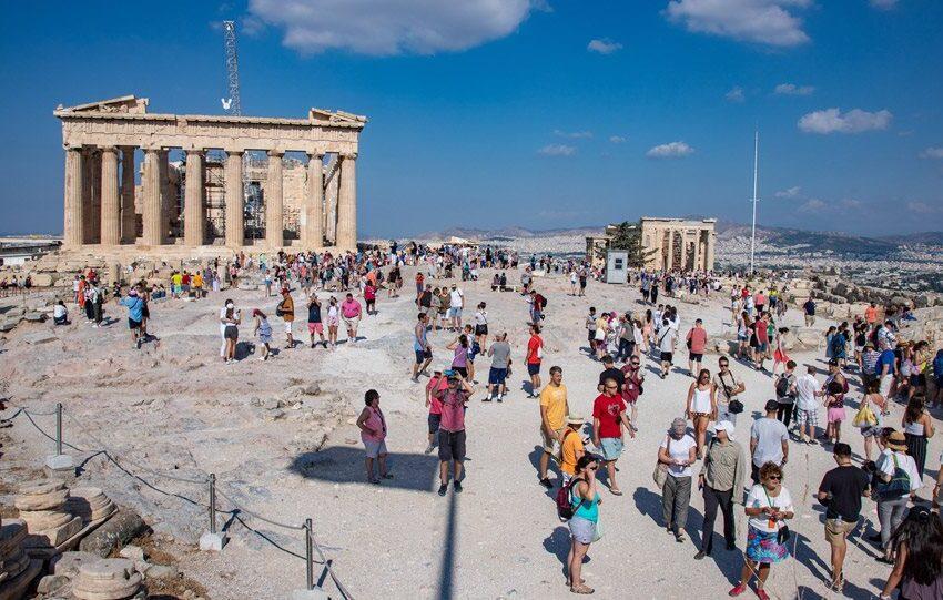 Ανοίγουν τα σύνορα: Αυτές είναι οι 29 χώρες από τις οποίες θα έρθει το πρώτο κύμα τουριστών