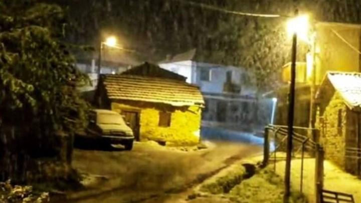 Ο καιρός… τρελάθηκε: Χιόνισε στη Φλώρινα (εικόνες)