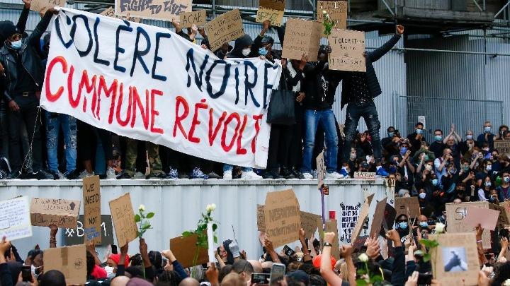 Ταραχές στις Βρυξέλλες μετά τη λήξη της μεγάλης αντιρατσιστικής διαδήλωσης