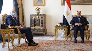 Δεκτός από τον πρόεδρο Αμπντέλ Φατάχ Αλ Σίσι έγινε ο Ν. Δένδιας