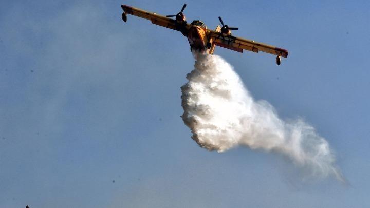 Φωτιά απειλεί κατοικημένη περιοχή στην Αραπακά Λεμεσού