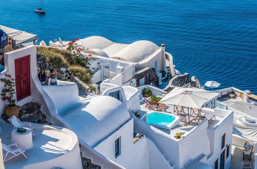 """Πέντε ελληνικά νησιά στη """"λίστα"""" της TUI από 17 Μαϊου"""