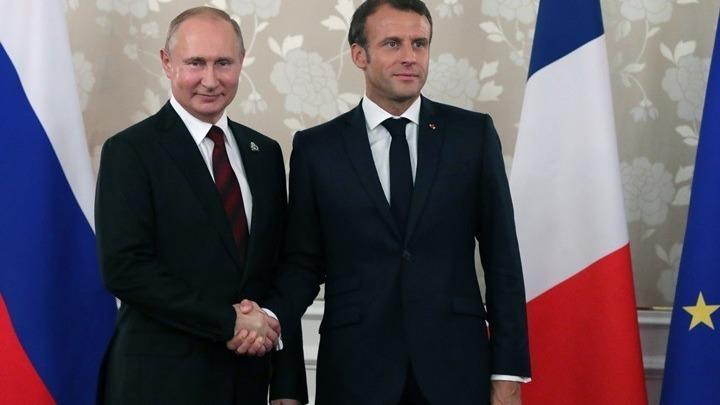 Ο Εμανουέλ Μακρόν δήλωσε ότι σύντομα θα επισκεφτεί τη Μόσχα