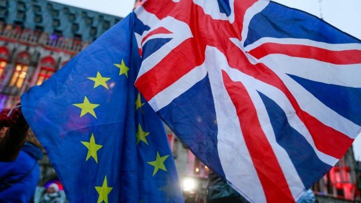 Γερμανία: Η κυβέρνηση παροτρύνει το Λονδίνο να καταλήξει γρήγορα σε συμφωνία με την ΕΕ