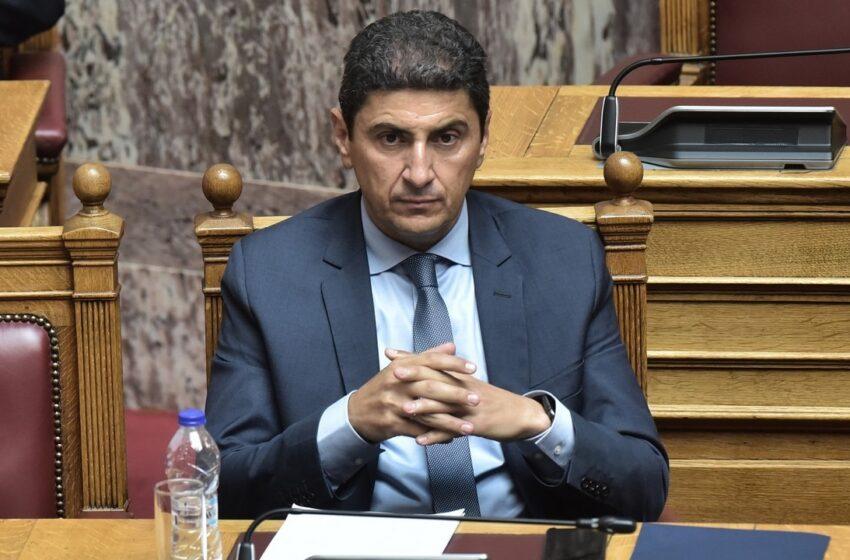 """Αυγενάκης μετά το """"άδειασμα"""" από τον πρωθυπουργό: Θα ήταν λάθος μήνυμα να μπει κόσμος στα γήπεδα αυτή τη στιγμή"""