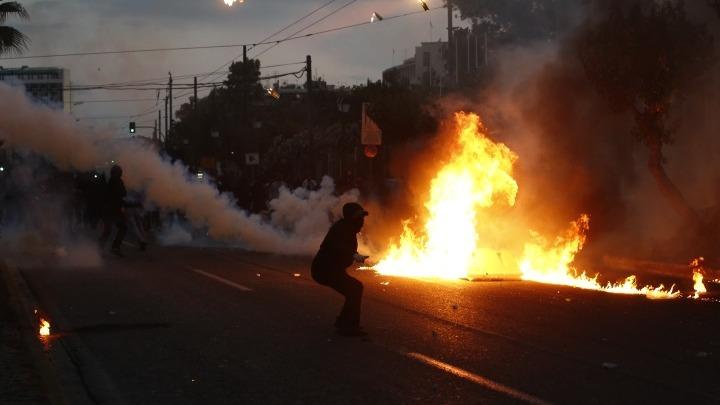 Δικογραφία για τον αξιωματικό της ΕΛΑΣ που φέρεται ότι εμπόδισε τη σύλληψη διαδηλωτή