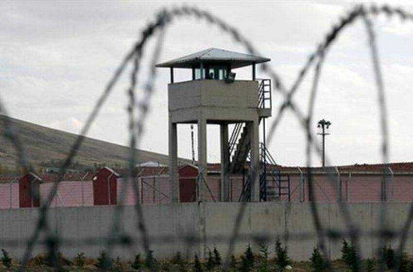 Στη φυλακή ο καθηγητής για ασέλγεια σε βάρος ανήλικης μαθήτριάς του