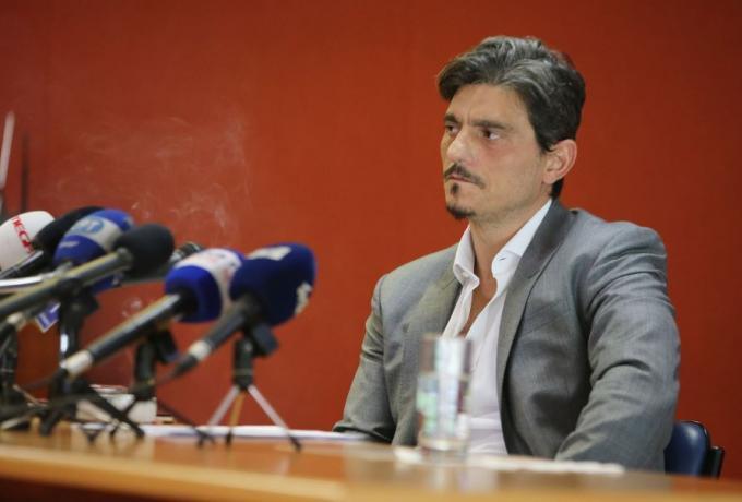 Γιαννακόπουλος: Υφυπουργός εκβιάζει με κρατικές χρηματοδοτήσεις για τις εκλογές της ΕΟΚ (εικόνες)