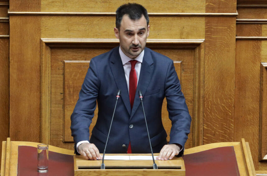 Χαρίτσης: Η κυβέρνηση προσπαθεί να διαφύγει διά του παρακράτους από τα κρίσιμα ζητήματα