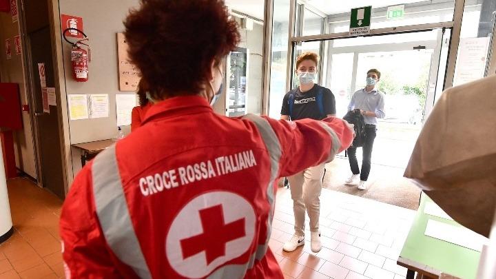 Ιταλία: 13.158 νέα κρούσματα, 217 θάνατοι