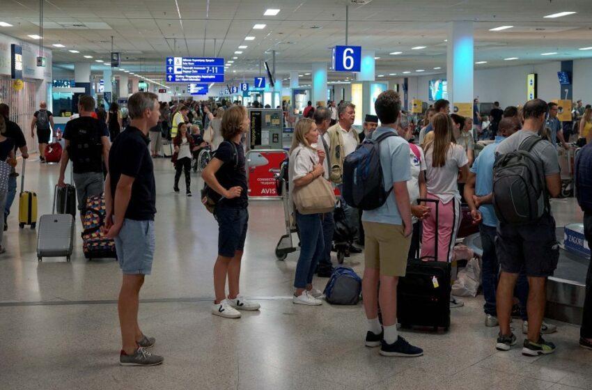 Ανησυχητικά μηνύματα για τα εισαγόμενα κρούσματα λίγο πριν από την πλήρη απελευθέρωση των πτήσεων
