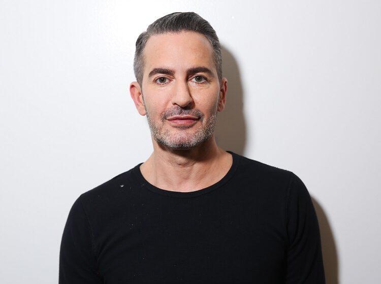 Marc Jacobs: Ένα σπασμένο τζάμι σε ένα κατάστημα δεν είναι βία – Ο ρατσισμός είναι