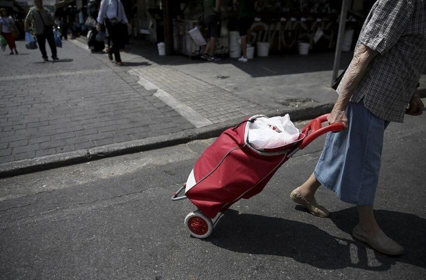 Interview: Μείωση εισοδημάτων σε μεγάλο μέρος του πληθυσμού – Οι αλλαγές στις συνήθειες