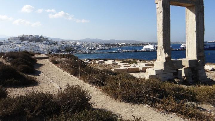 Πέτσας: Η Ελλάδα προχωράει στο επόμενο βήμα αποκατάστασης των ταξιδιωτικών ροών