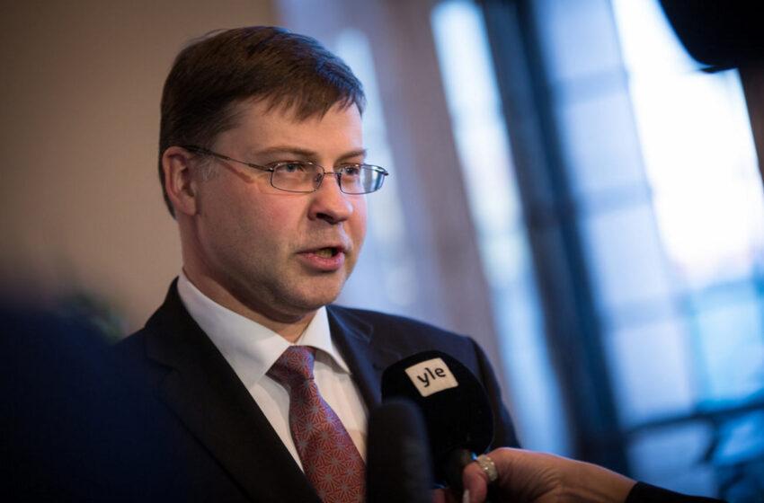 Νέα δήλωση γρίφος από Ντομπρόβσκις: Η Ελλάδα θα χρησιμοποιήσει μέρος των 32 δισ. για μεταρρυθμίσεις της εποπτείας