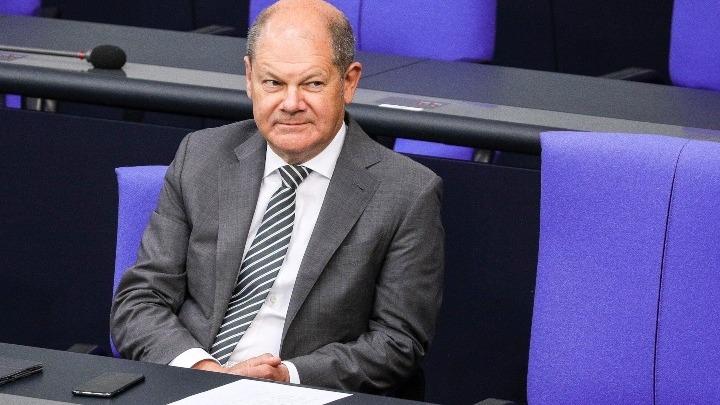 Ο Γερμανός ΥΠΟΙΚ υπέρ της οικονομικής βοήθειας προς την Ευρώπη