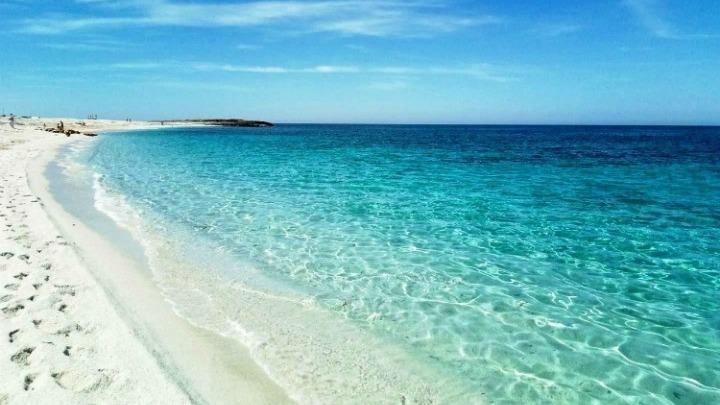 """Συνολικά 1.563 ακτές με """"εξαιρετικής ποιότητας"""" νερά – Πού να πάτε για κολύμβηση"""