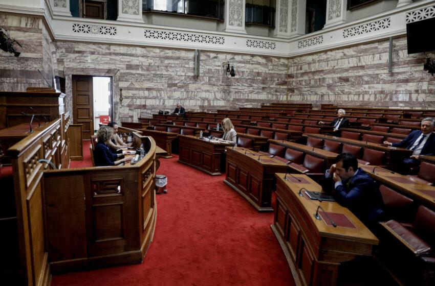 """Προανακριτική: """"Μάχη"""" για το CD – Αναβολή θα ζητήσει ο Δ. Παπαγγελόπουλος"""