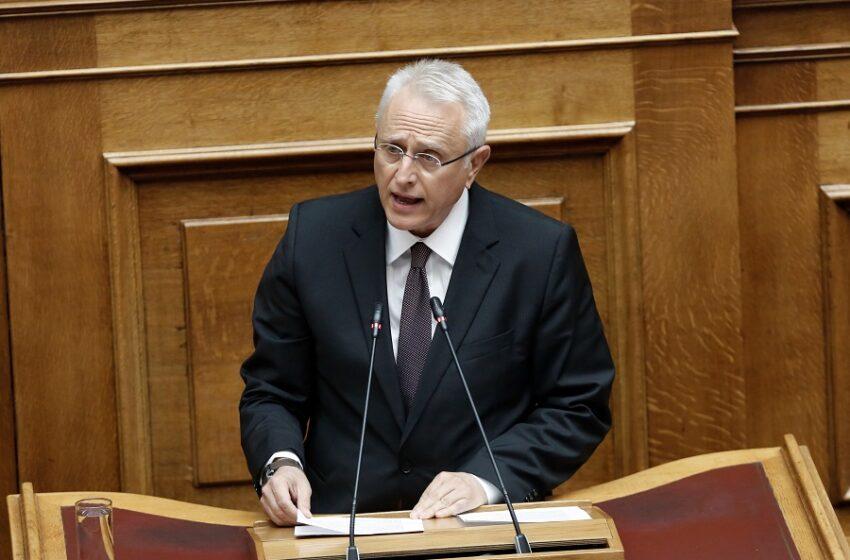 Χρυσοχοΐδης: Ο νόμος για τις συναθροίσεις θα εφαρμοστεί – Ραγκούσης: Ελάτε αν τολμάτε σε debate με όποιους δημοσιογράφους θέλετε (Vid)