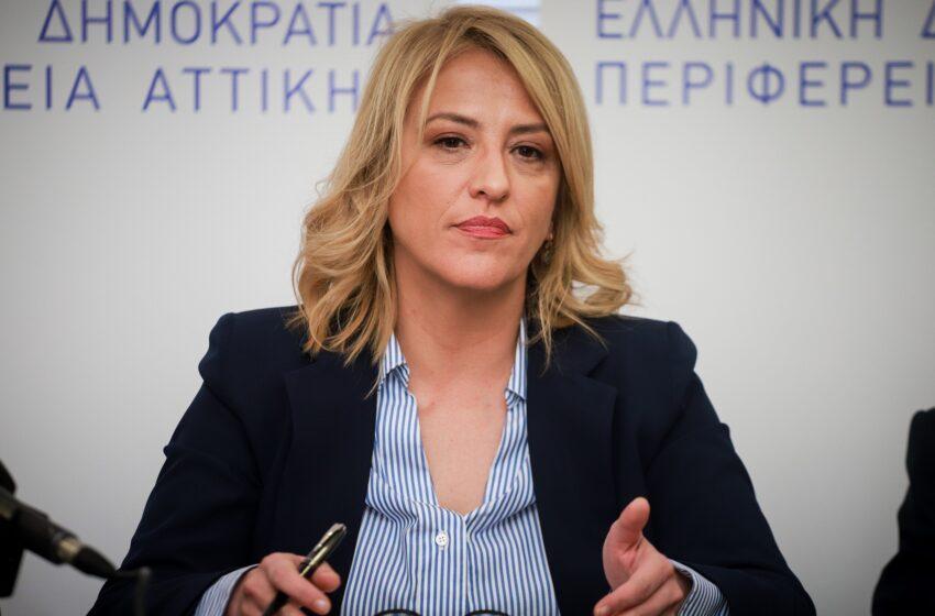 """Ρ. Δούρου: """"Η κυβέρνηση προσπαθεί να μας πείσει ότι δεν υπήρξε Νοβάρτις όπως δεν υπήρξε Ζίμενς"""""""