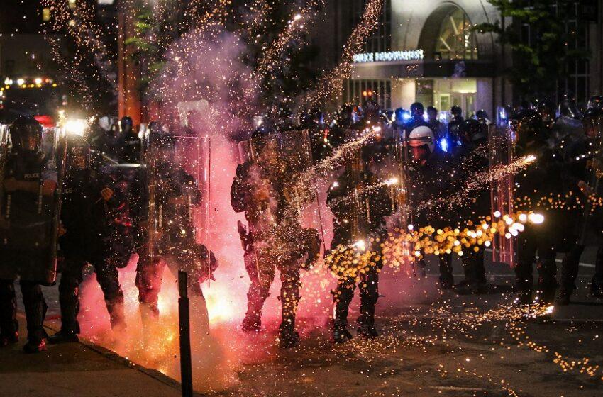 Σεντ Λούις: Πυροβολισμοί με τραυματίες στις διαδηλώσεις για τον Φλόιντ