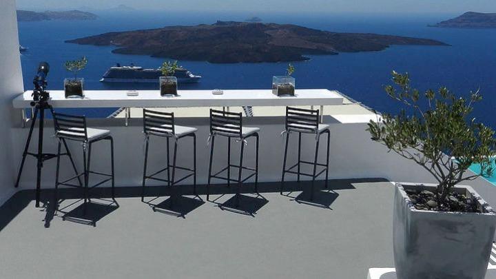 ZDF από τη Σαντορίνη: Ο τουρισμός στην Ελλάδα ξεκινά