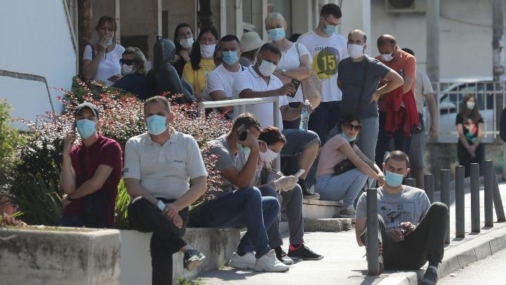 Ξεφεύγει ο κοροναϊός στη Σερβία: 359 νέα κρούσματα και έξι θάνατοι