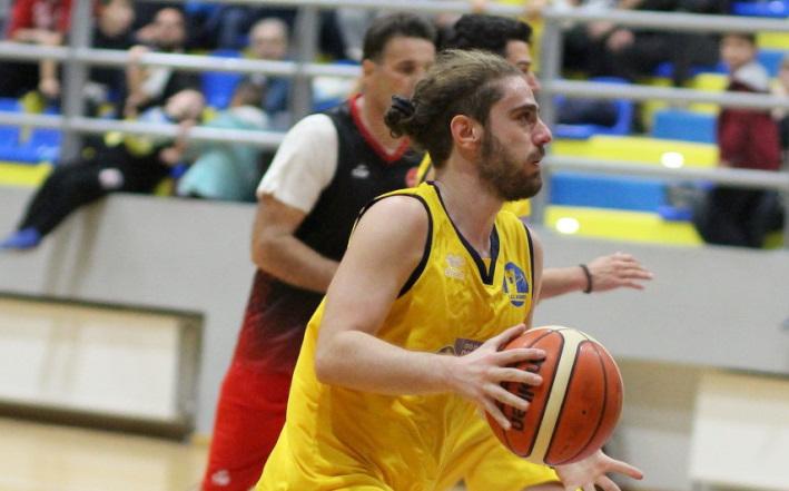 Θρήνος στο ελληνικό μπάσκετ για τον θάνατο του Ραφαήλ Σκεμπέ