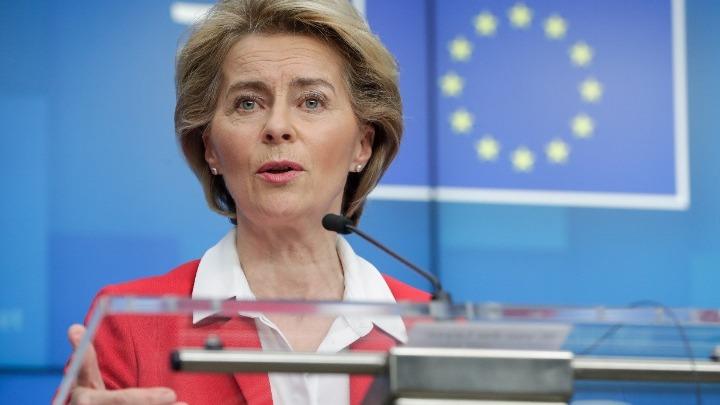 Ούρσουλα φον ντερ Λάιεν: Iστορική η απόφαση της ΕΕ για το πακέτο ανάκαμψης